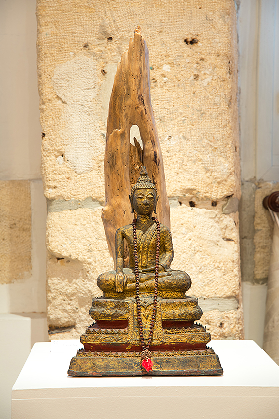 96-Bouddha thaï et flamme